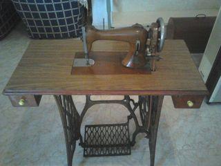 Máquina de coser Singer de 1873