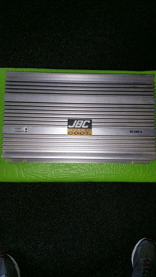 Amplificador de 4 canales 4x300