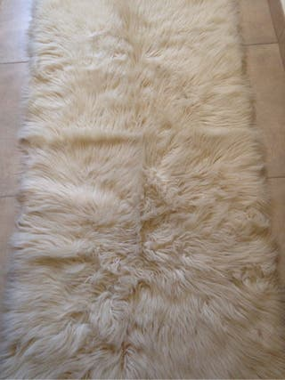 Alfombra oveja natural 2 de segunda mano por 60 en golm s en wallapop - Alfombra oveja ...
