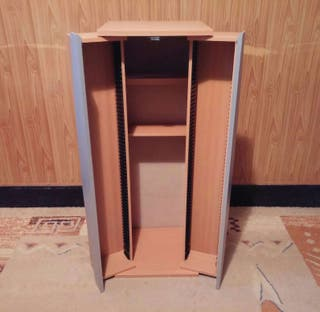 Mueble estantería con almacén de Cds