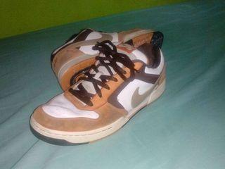 Nike SB. Zapatillas N°45