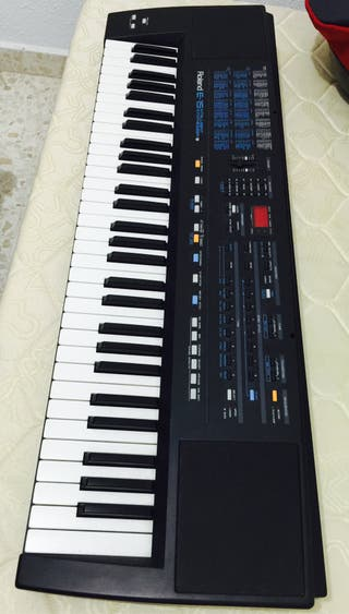 Teclado Roland E15 - Mira mi perfil