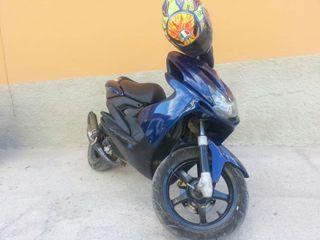Yamaha aerox de competición