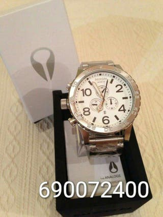 Reloj nixon 51-30 silver-white (garantia?