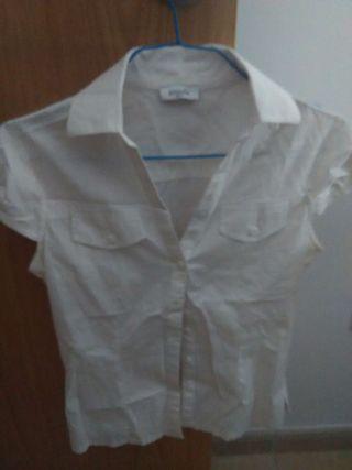Camiseta blanca pinkie sin usar