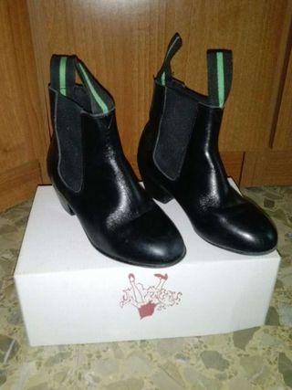 Zapatos flamenco niño