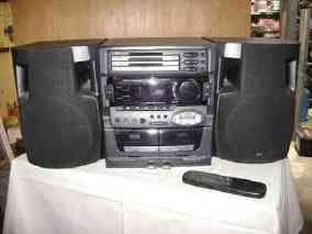 tocadiscos Equipo de música jvc- cd casettes