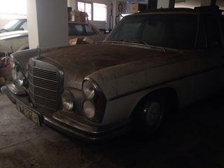 Mercedes 350 V8