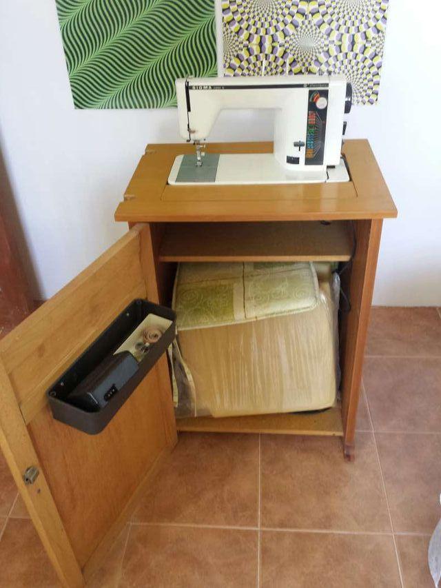 Maquina de coser SIGMA 2000