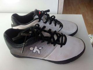 Zapatillas fútbol numero 30