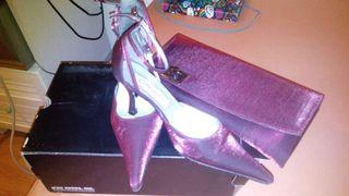 Zapatos de tacón bajo y bolso de mano compañero