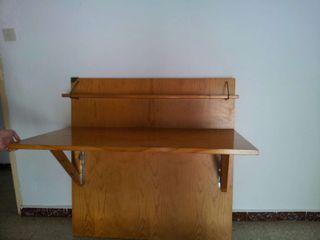 Mesa de estudio de madera