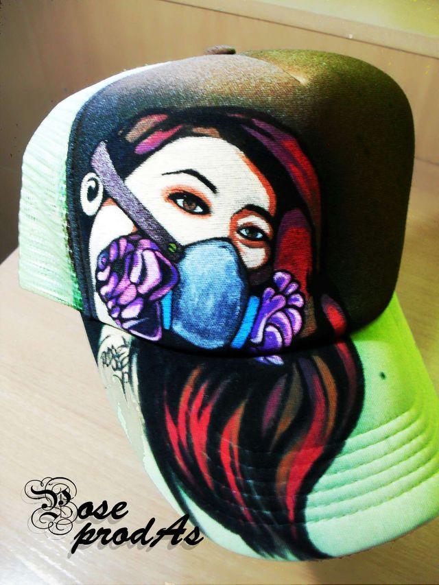 Gorras pintadas a mano de segunda mano por 25 € en Mislata en WALLAPOP 5f13c28e19f