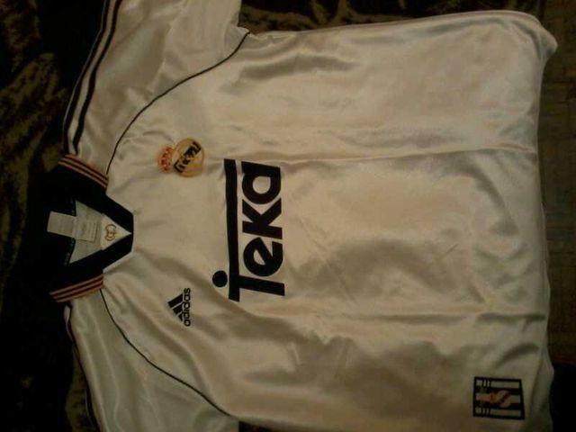 Camiseta real madrid octava champions