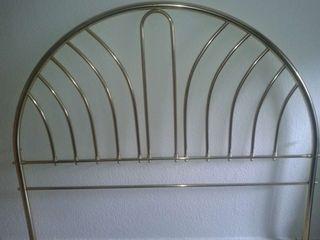 Cabecero metal dorado para cama 135