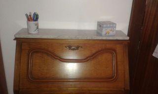 Comoda escritorio y mesita