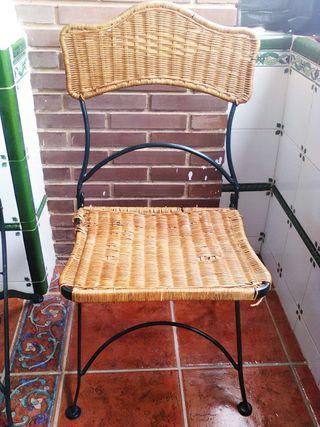 Sillas de hierro de segunda mano en valencia en wallapop for Sillas de terraza de segunda mano