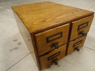 Mueble archivador de 4 cajones antiguo