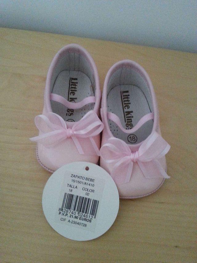 Zapato bebe niña