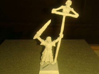 Warhammer porta estandarte No muertos -Undead