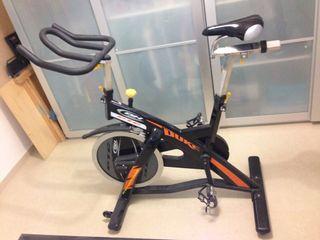 Bicicleta Spinning BH Duke segunda mano  España