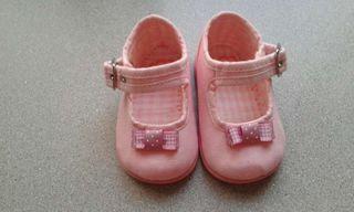 Zapatos de loneta bebé