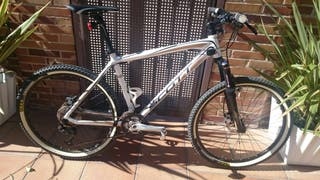Bicicleta Scott scale 80