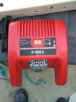 milwaukee 28v