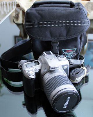 Cámara réflex Nikon F75