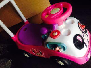 Correpasillos juguete Minnie