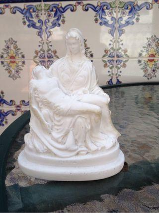 Virgen Piedad con Jesucristo