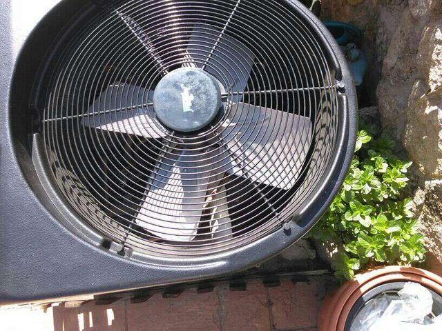 M quina para calentar agua en piscinas de segunda mano for Calentar agua piscina casero