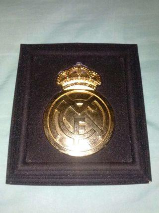 Real madrid escudo bañado oro 24k
