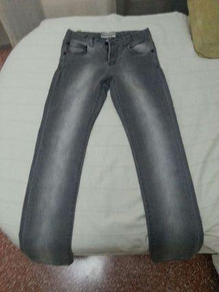 Pantalon gris de chico