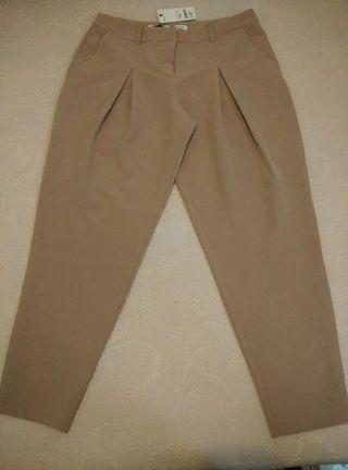 Pantalón de vestir tobillero camel a estrenar