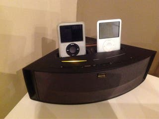 Dock Station Para Ipod/Iphone Con Altavoz y mando