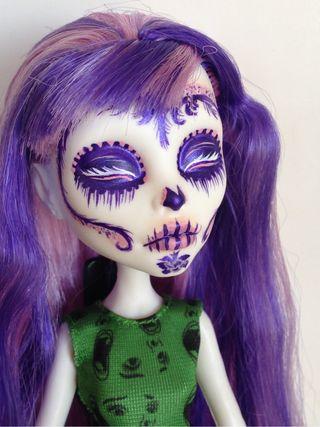Monster High Custom Repaint