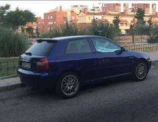 Audi A3 ambiente 110 CV 1.9 TDI