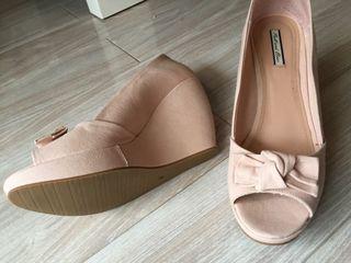 Zapato Cuña Pep Toe Color Nude / Rosa Palo