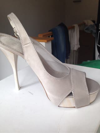 Zapato Color Beige N 37 Sin Usar