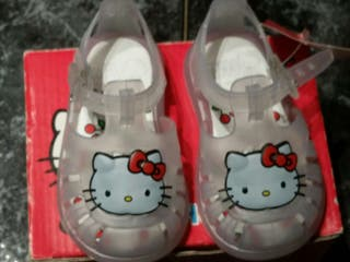 Sandalias Hello Kitty T- 17 y 18