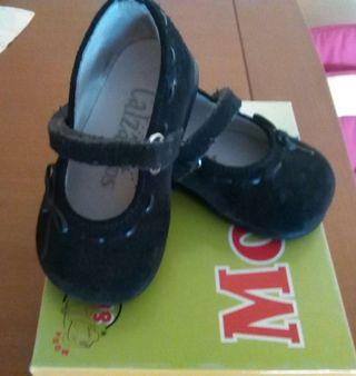 Zapatos piel bebé niña n° 18