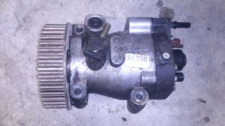 Bomba injectora motor renault 1.5dci