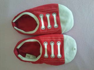Zapatillas del colacao con luz perfecto estado
