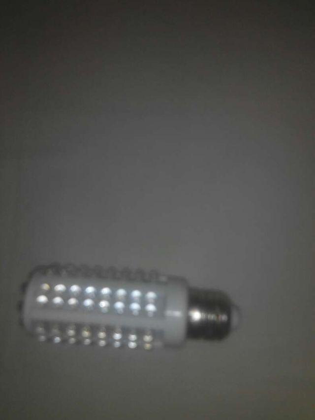 Led lamp lampara 108 leds de segunda mano por 5 en - Lamparas bilbao ...