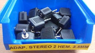Adaptador stereo 2 hembras 3,5 mm