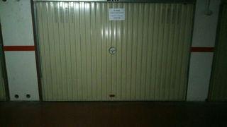 Plaza de garaje cerrada - Azuqueca