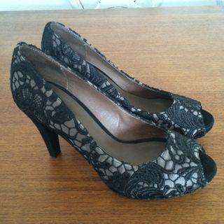 Zapatos PIEL. Musgo.t38