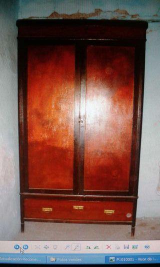 Armario ropero antiguo de madera de segunda mano por 170 - Armarios antiguos de segunda mano ...