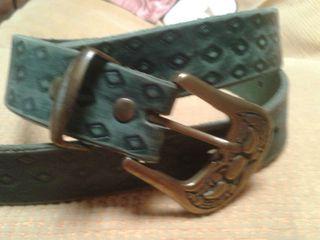 Cinturón de cuero mujer de segunda mano en Valencia en WALLAPOP 875154e3d35c
